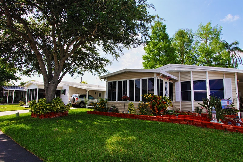 Central Florida Mobile Home Retirement Communities